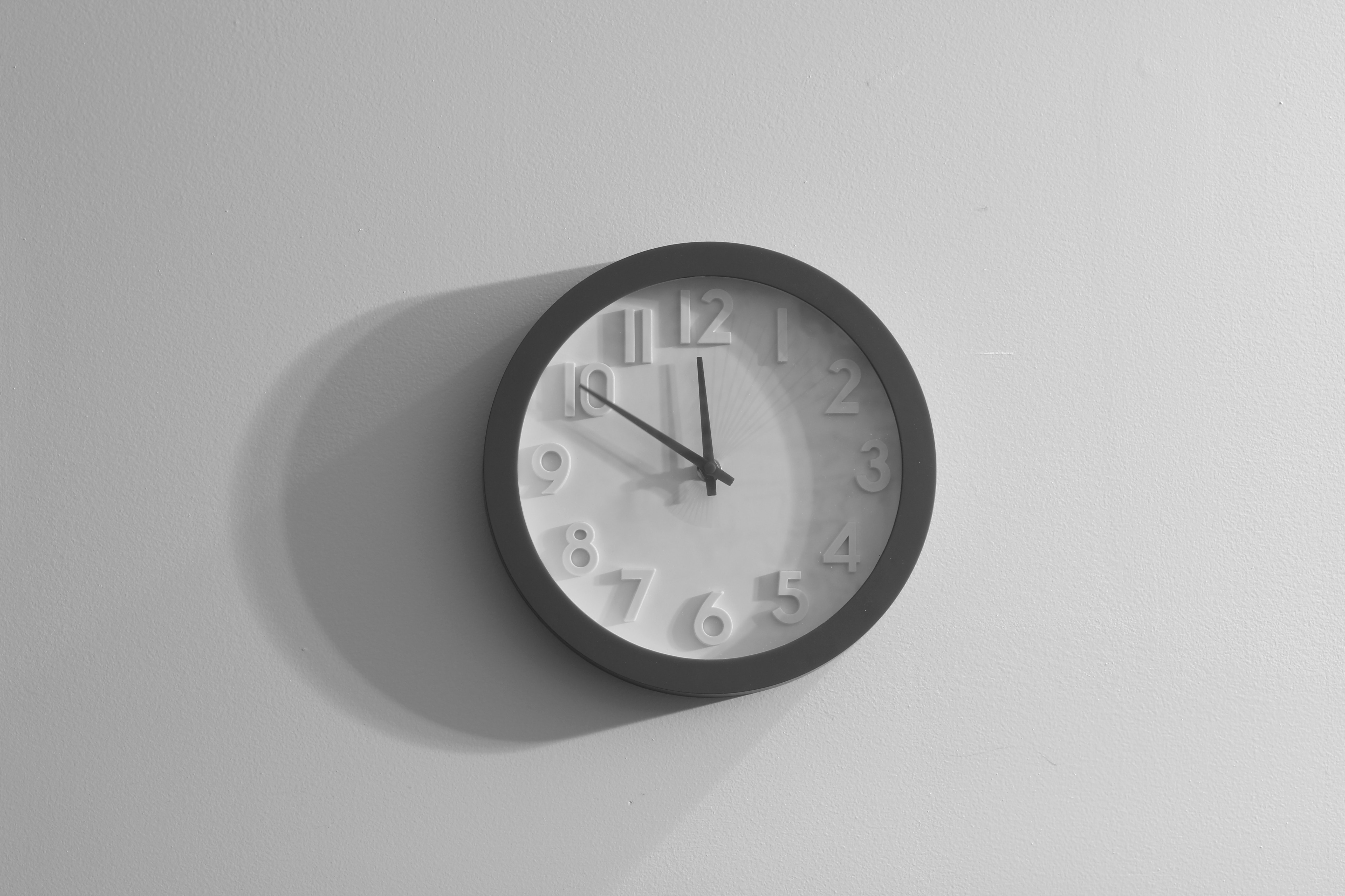 clock-black-and-white-wall-21294